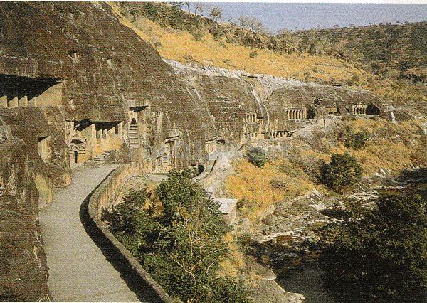 アジャンター石窟群の画像 p1_31