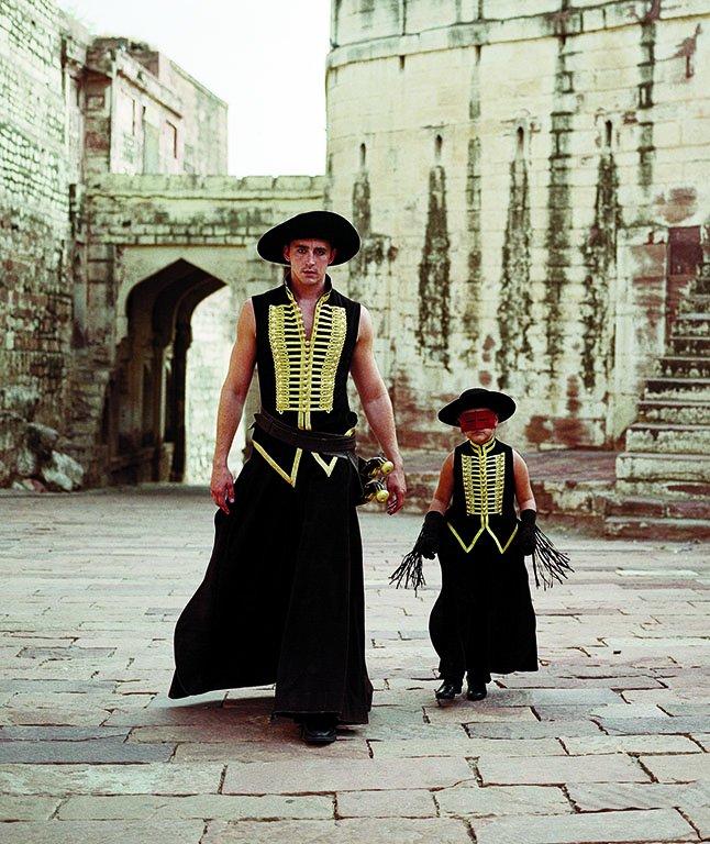 映画 『落下の王国』 (ターセム・シン監督、2006年) 衣装デザイン   ©2006 Googly Films, LLC. All Rights Reserved.