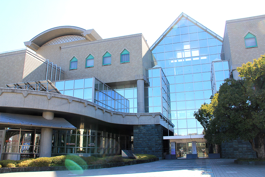 徳島県立近代美術館-向寺山-八万町-徳島市-徳島県