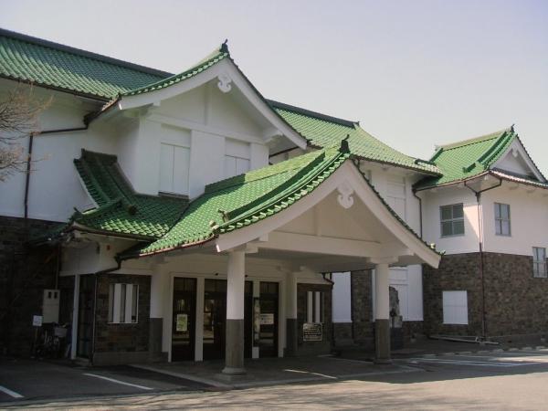 諏訪市美術館-諏訪市-長野県