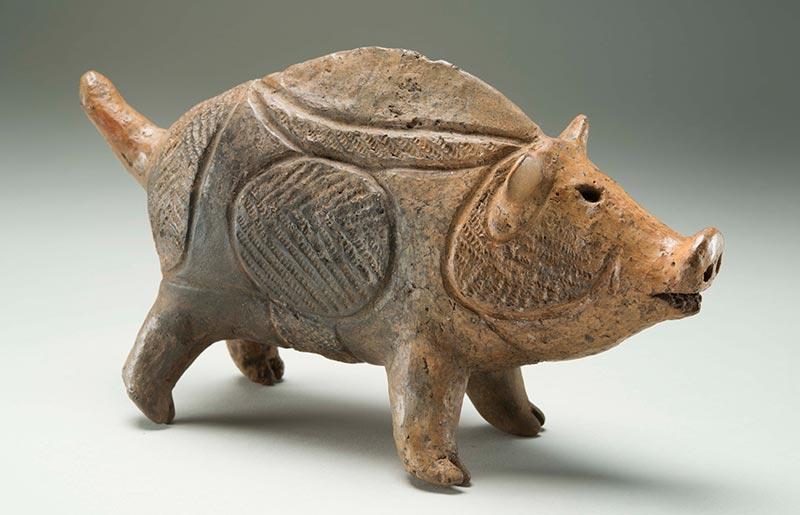 重要文化財 《猪いのしし形土製品》 縄文時代 青森・弘前市立博物館