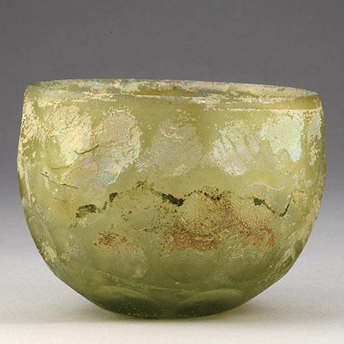 円形切子碗えんけいきりこわん メソポタミア 5 - 7世紀 サーサーン朝時代後期 ガラス