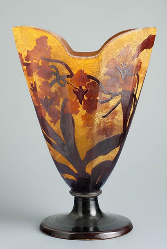 《洋蘭文花器》エミール・ガレ 1900年頃 ブダペスト国立工芸美術館蔵