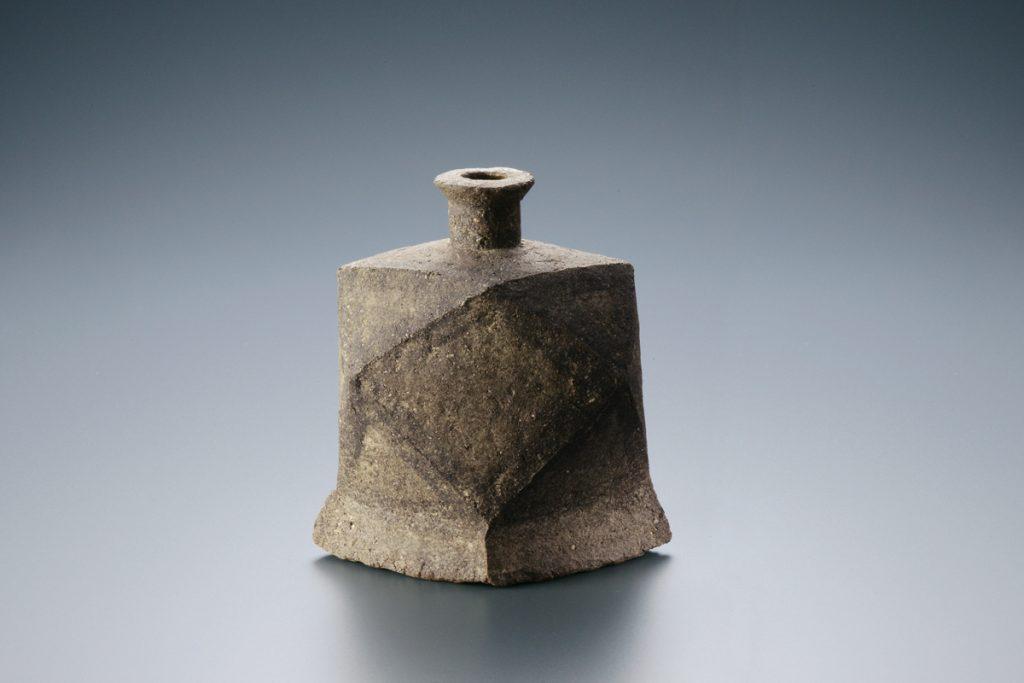 炻器面瓶 1969年 益子陶芸美術館蔵  写真提供:益子陶芸美術館