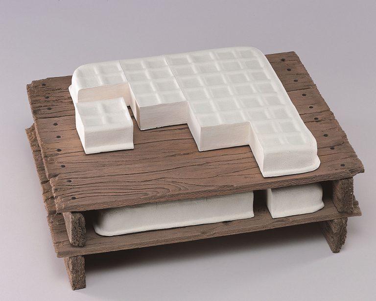 陳景亮《豆腐》2001年 新北市立鶯歌陶瓷博物館蔵