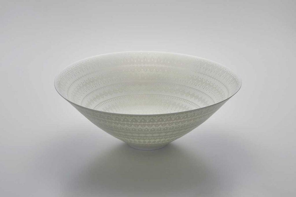 新里明士《光器》2019年Yutaka Kikutake Gallery蔵