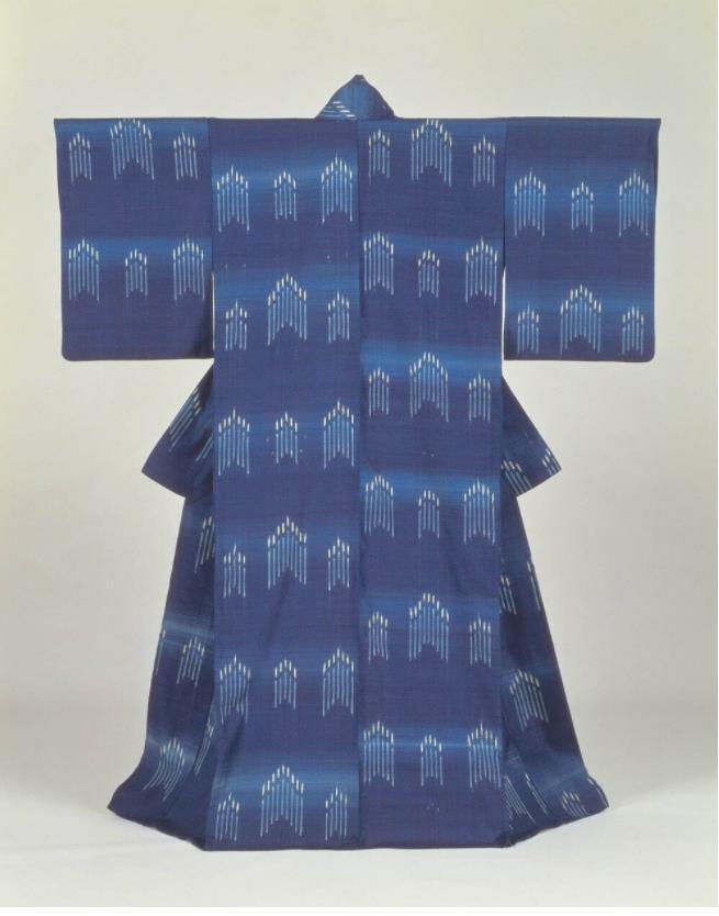 志村ふくみ《聖堂》1992年 滋賀県立美術館[9月18日〜10月17日展示予定]