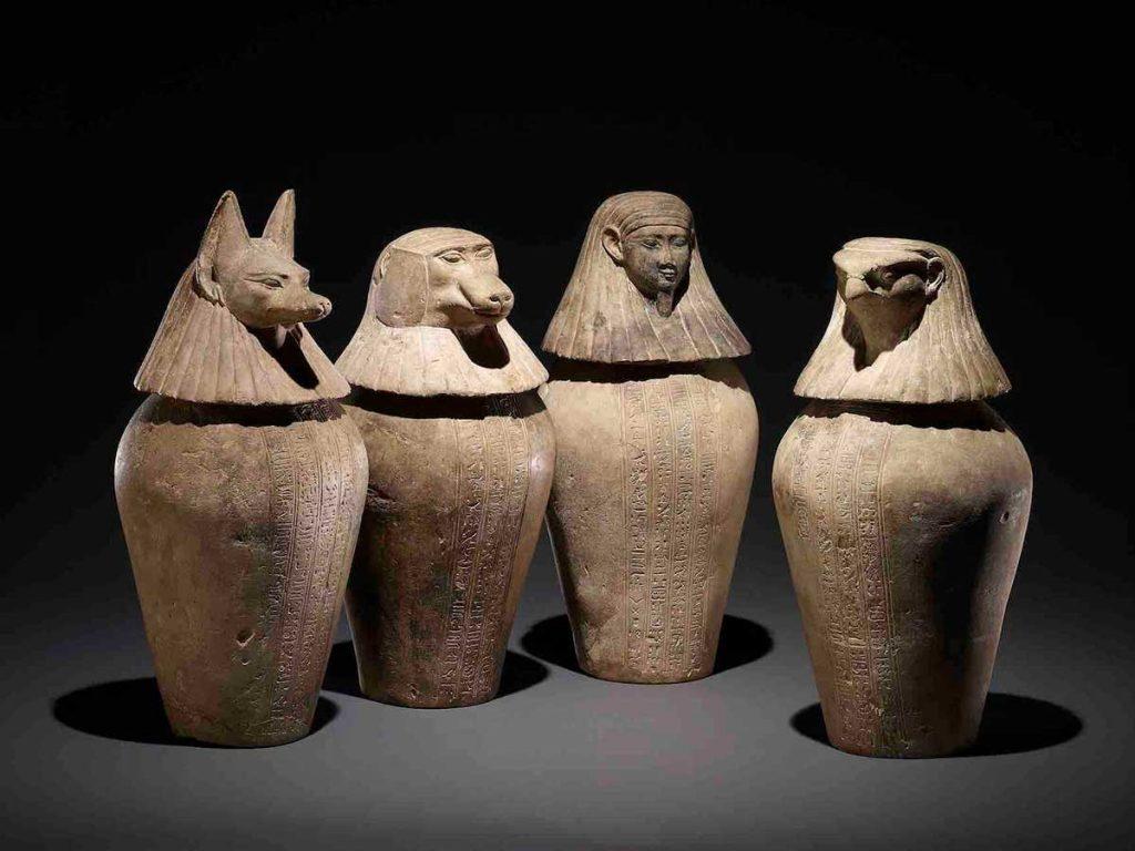 ジェドバステトイウエフアンクのカノポス壺 前380~前343年頃、大英博物館蔵、 © The Trustees of the British Museum