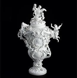 《白磁大壺(組み上げ修復)》 マイセン窯 20世紀初頭 ロースドルフ城蔵