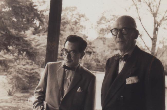 坂倉準三とル・コルビュジエ(1955年)、文化庁国立近現代建築資料館所蔵