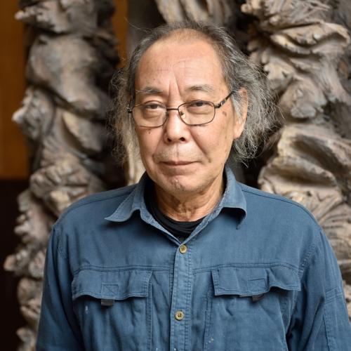戸谷成雄[1947-]