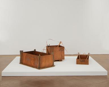 ヨーゼフ・ボイス《小さな発電所》1984年 国立国際美術館 Photo: Tom Carter