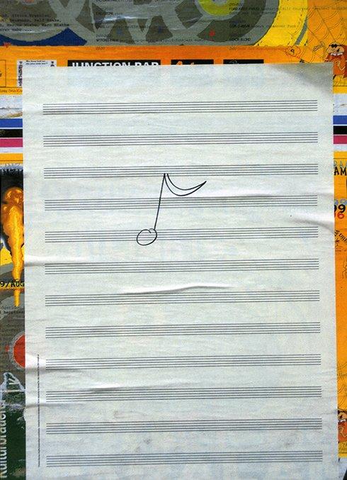 《無題(「グラフィティ・コンポジション」シリーズより)》 1996-2002 150枚からなるポートフォリオより © Christian Marclay. Courtesy Paula Cooper Gallery, New York.  一方で、マークレーの作品は、現在の時間のなかで変化し、鑑賞者によって、開かれた複数の体験へと「翻訳」されるものでもあります。例えば彼の初期の代表作である《レコード・ウィズアウト・ア・カバー》(1985年)は、保護パッケージのないLPレコードで、輸送、保管、再生の過程でつけられた傷が、録音と一体となっていくものです。    会期中には、日本在住の音楽家が彼の「グラフィック・スコア」を翻訳し演奏する関連イベントも開催します。
