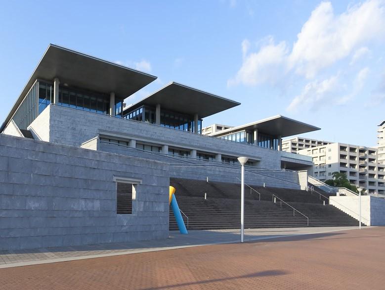 兵庫県立美術館-中央区脇浜海岸通-神戸市-兵庫県
