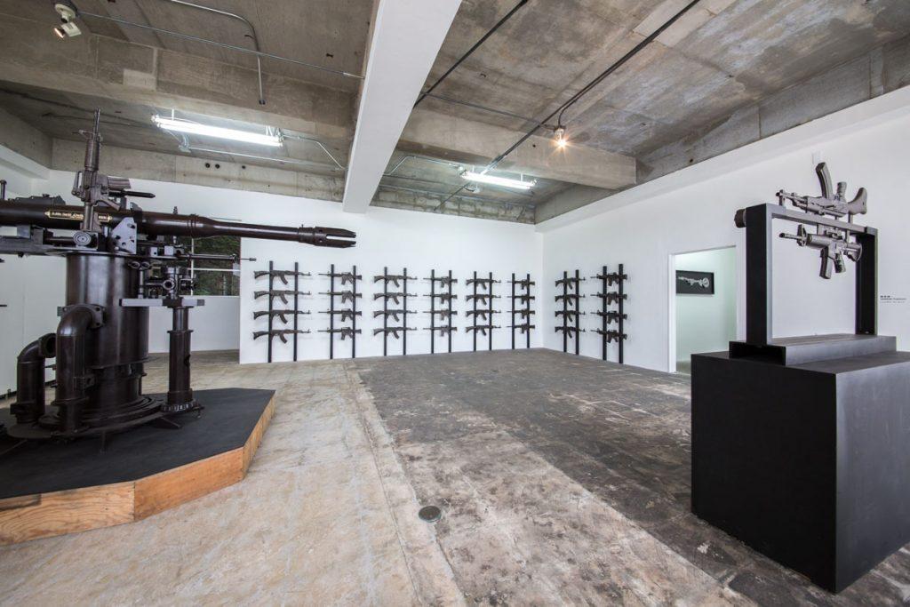 榎忠「LSDF 020」展、康夏奈/原口典之「追悼展」アートベース百島