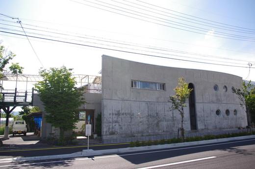 小さな絵本美術館 岡谷本館-岡谷市-長野県