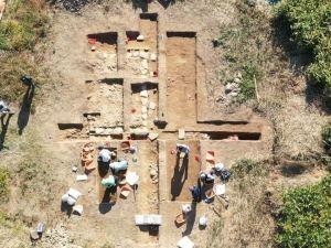 第52回トピック展示「芥川山城跡 発掘調査速報展」高槻市立しろあと歴史館