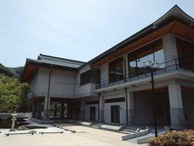 新見美術館-新見市-岡山県