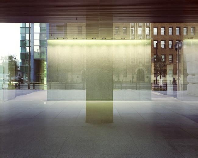 大島成己《Reflections-0106》 © 2021 Naruki Oshima /photo courtesy of Gallery Nomart