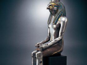 隼頭神像 エジプト 紀元前1295-1213年頃 女神立像
