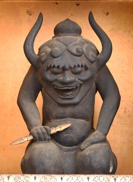 鬼大師坐像 江戸時代 西教寺蔵